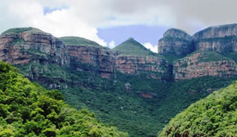 Sout Africa Guided Tours that include the Blyde River Canyon and Kruger